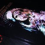 Bogini z nożem w dłoni – Marek Grzywacz